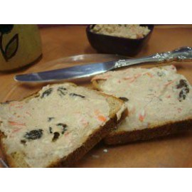 Carrot and Raisin Cheesecake Spread Mix